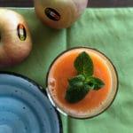 Frullato della salute: mela carota e menta
